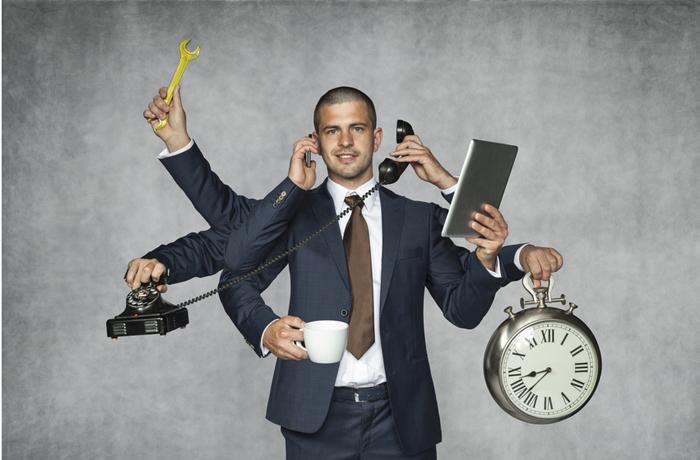 Bei einer frühen Erkennung der Symptome von Burnout ist es leichter, die stresserzeugenden Verhaltensmuster zu durchbrechen und einem Burnout vorzubeugen.